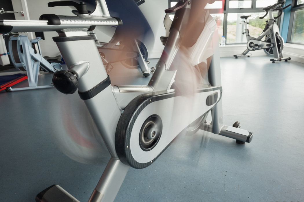 https://www.indoorcycling.org/magazin/wp-content/uploads/2012/07/Spinning-®-Bike-Test1-1050x699.jpg
