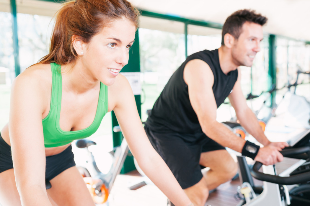 https://www.indoorcycling.org/magazin/wp-content/uploads/2012/08/Indoor-Cycling-Bekleidung1-1050x698.jpg