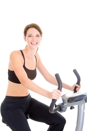 Die Wahl des richtigen Trikots für ein effektives Indoorcycle Training
