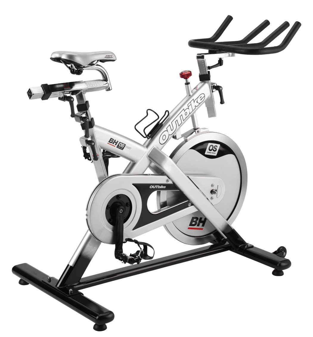 https://www.indoorcycling.org/magazin/wp-content/uploads/2016/06/bh-fitness-h9180o-outbike-1050x1131.jpg